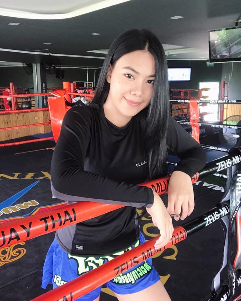 นักมวยหญิงไทย