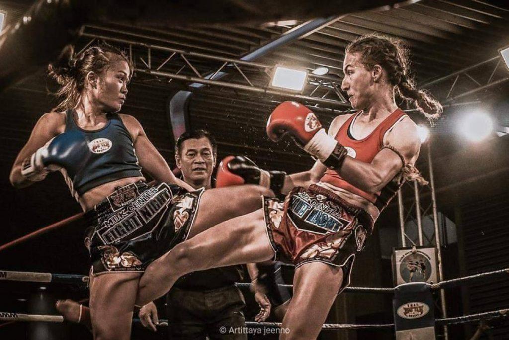 ศิลปะต่อสู้ ผู้หญิง